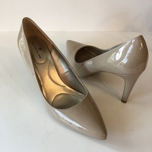 Bandolino Fairbury Taupe Patent Leather Heels